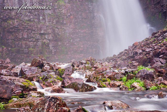 Vodní clona vodopádu Njupeskär v národním parku Fulufjället