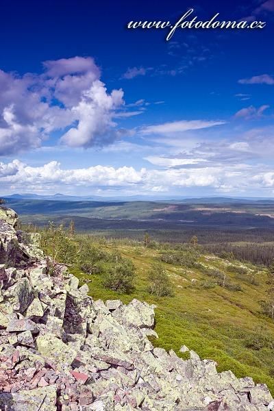 Krajina parku od vodopádu v národním parku Fulufjället