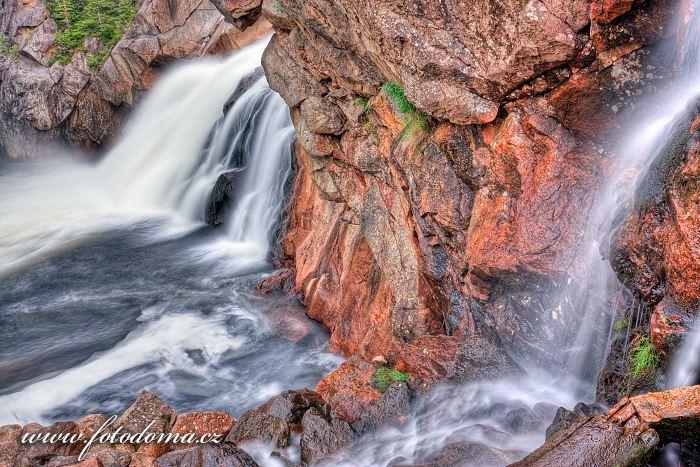 Vodopád Hyttfossen na řece Gaula, Norsko