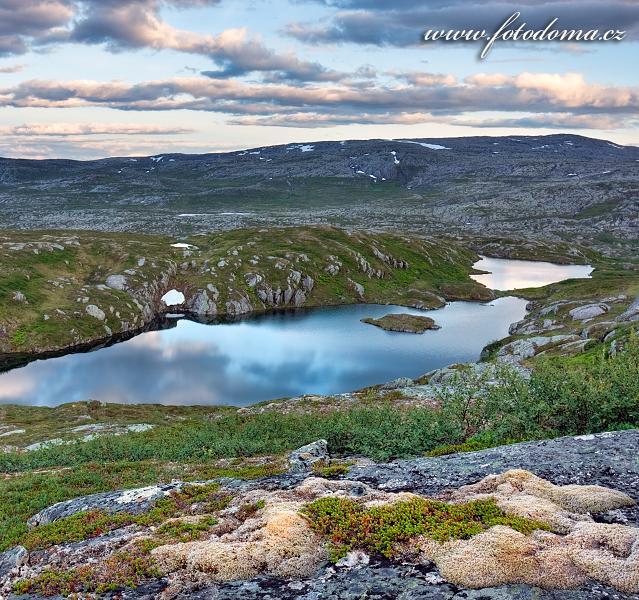 Národní park Blåfjella-Skjækerfjella, Norsko, krajina u jezera Eldbekkskardvatnet