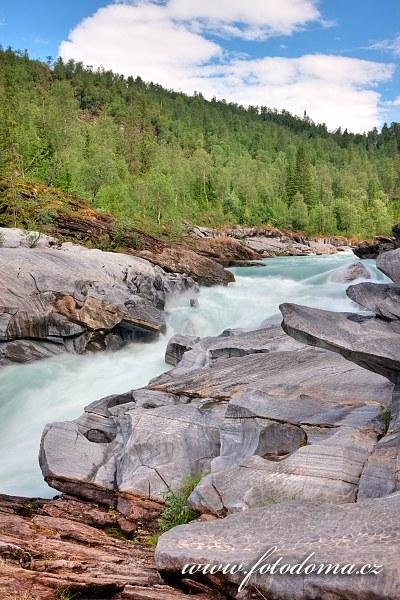 Marmorslottet, mramorové hrady na řece Glomåga, Norsko