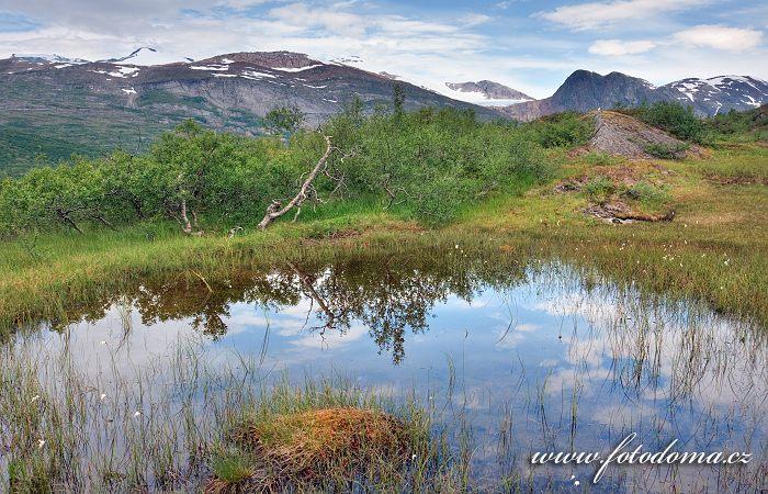 Hory kolem údolí Glomdalen, Národní park Saltfjellet-Svartisen, kraj Nordland, Norsko
