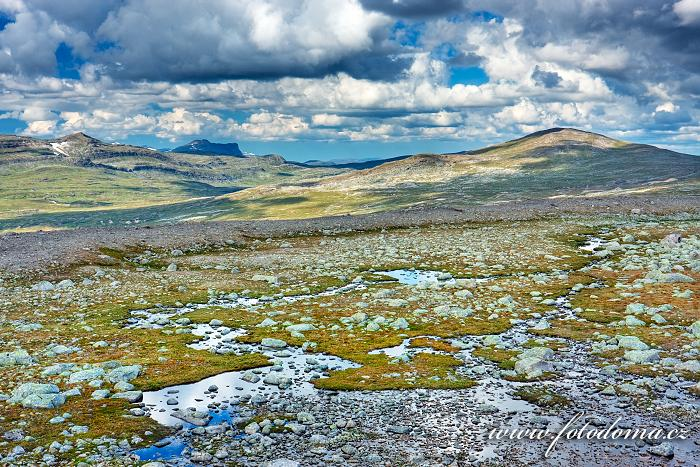 Údolí Steindalen. Národní park Saltfjellet-Svartisen, kraj Nordland, Norsko