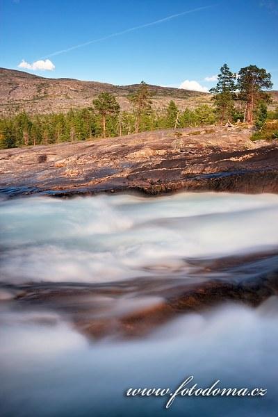 Peřeje řeky Lønselva, Norsko