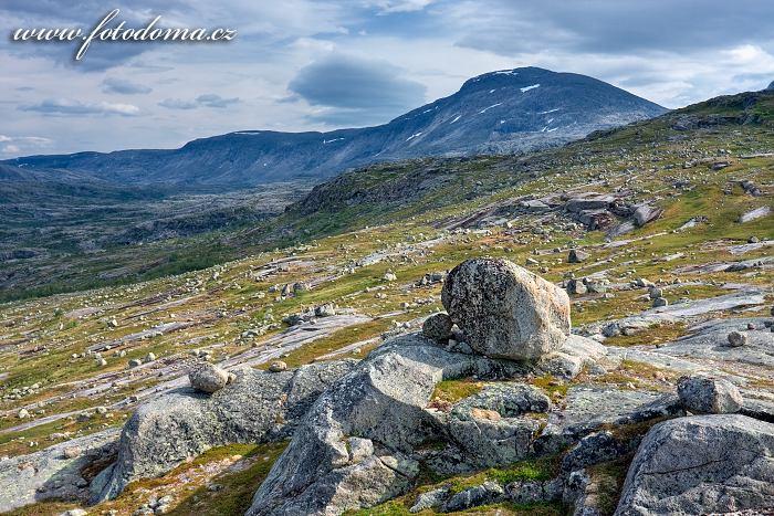 Horský masiv Rágotjåhkkå, národní park Rago, kraj Nordland, Norsko