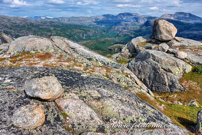 Hory s bludnými balvany, národní park Rago, kraj Nordland, Norsko