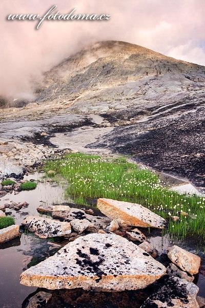 Na masivu Raga, národní park Rago, kraj Nordland, Norsko