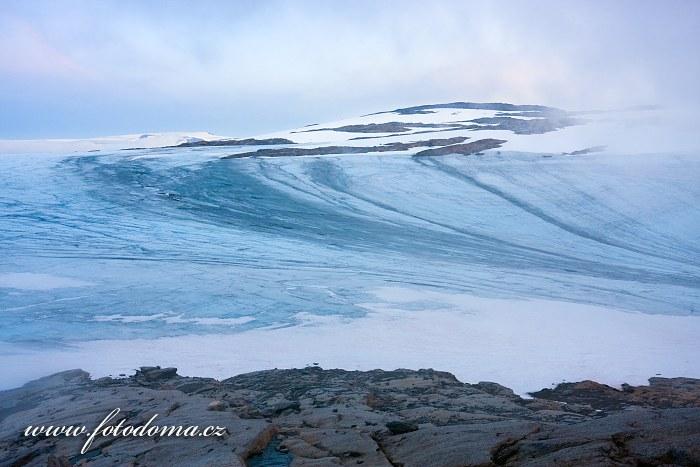 Ledovec poblíž vrcholu Rago, národní park Rago, kraj Nordland, Norsko