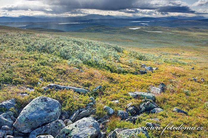 Krajina kolem vrchu Pieljekaise, Národní park Pieljekaise, Švédsko