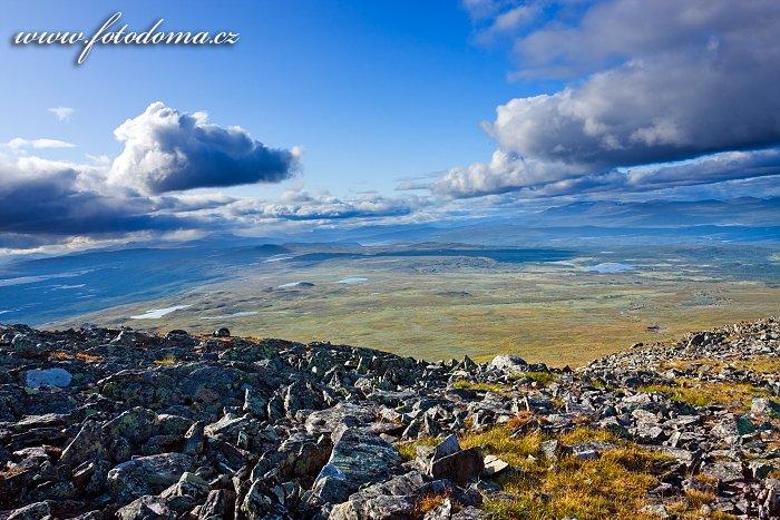 Krajina kolem vrcholu Pieljekaise, Národní park Pieljekaise, Švédsko