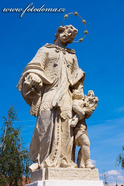 Socha sv. Jana Nepomuckého, Rakvice