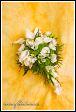 Svatební květinová vazba s kalami a růžemi