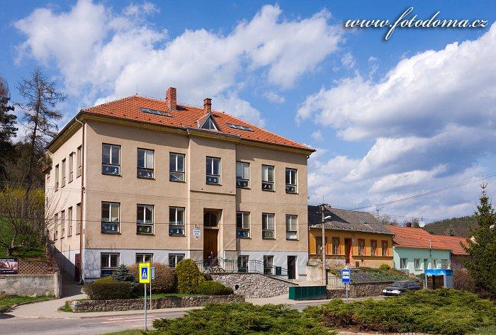 Základní škola v Lelekovicích, okres Brno-venkov