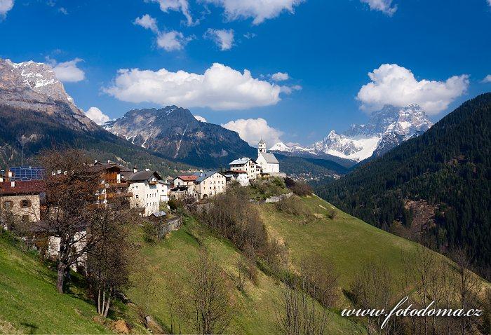 Colle Santa Lucia, Dolomity, Itálie