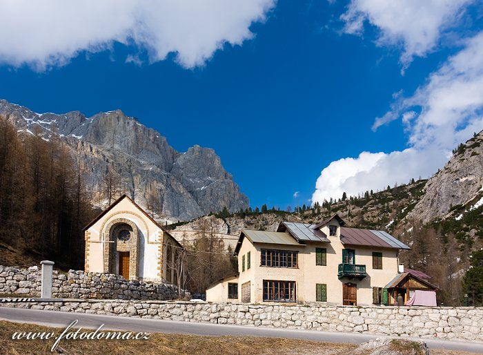 Pian di Falzarego a štít Lagazuoi, Dolomity, Itálie