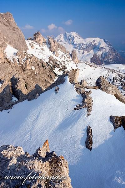 Monte Cernera z vrcholu Col Galina, Dolomity