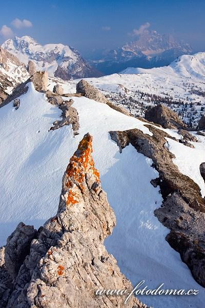 Monte Cernera a Monte Civetta z vrcholu Col Galina, Dolomity