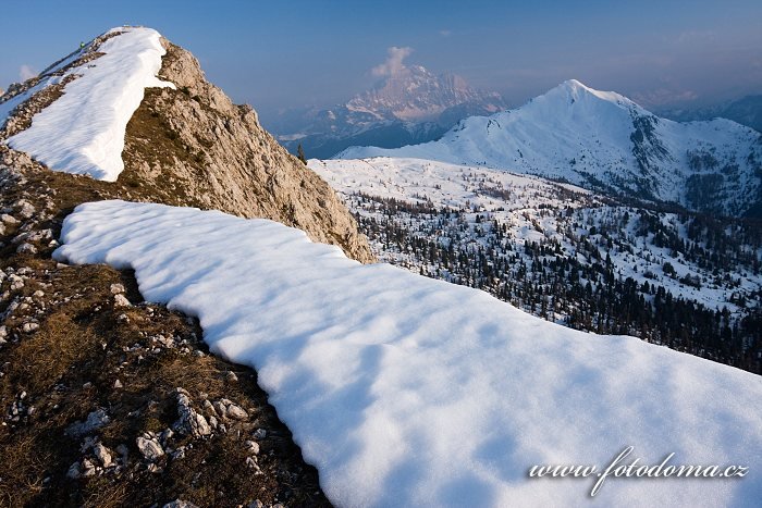 Monte Civetta a Monte Pore z vrcholu Col Galina, Dolomity