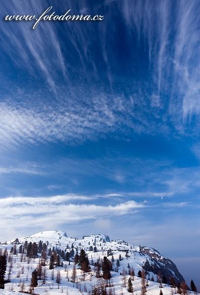 Výhled z Passo di Falzarego, Dolomity