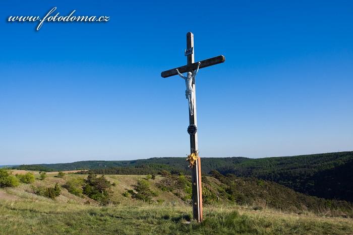 Kříž, Mohelenská hadcová step