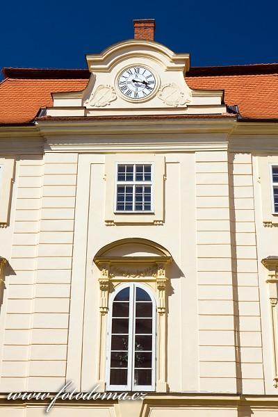 Barokně klasicistní zámek, Bystřice pod Hostýnem