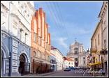 Ulice Aušros vartų a kostel svaté Terezy, Vilnius, Litva