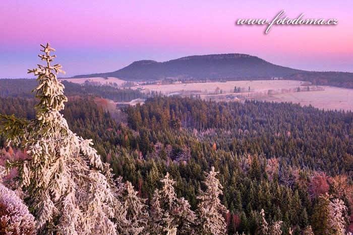 Malá Hejšovina (Szczeliniec Mały) a Velká Hejšovina (Wielki Szczeliniec), Národní park Gór Stołowych, Polsko