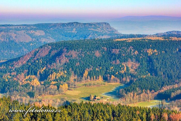 Božanovský špičák a Koruna, Národní přírodní rezervace Broumovské stěny