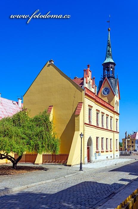 Radnice při pohledu z Radniční ulice, Vidnava, okres Jeseník, Olomoucký kraj, Česká republika