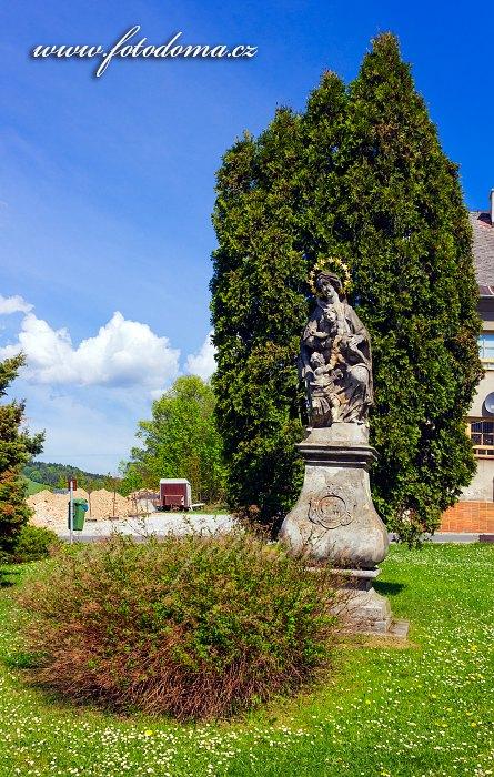 Sousoší Panny Marie s Ježíškem a Janem Křtitelem, Staré Město, okres Šumperk