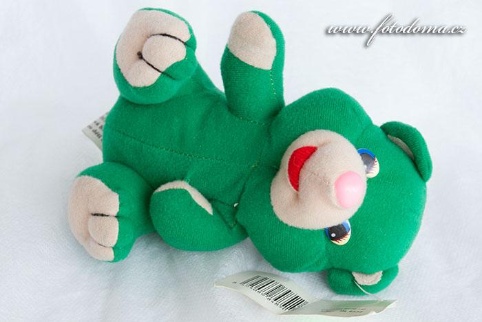 Plyšový medvídek zelený